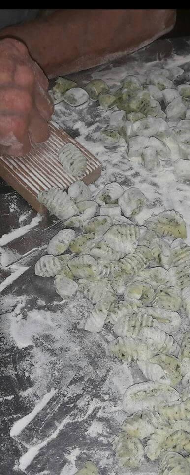 gnocchi fatti a mano