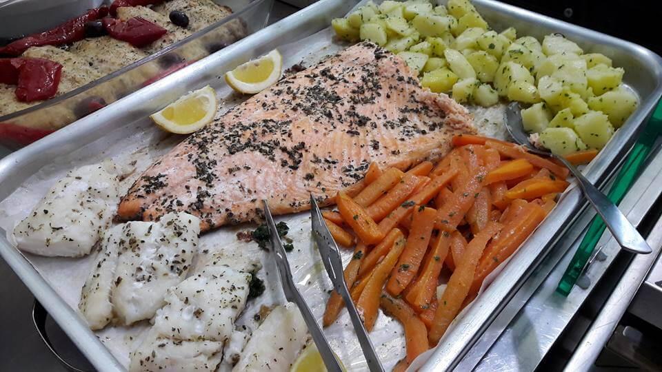 pesce al forno: salmone , scorfano, platessa, merluzzo